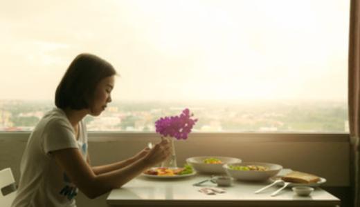 夫婦共働き家庭で帰りが遅く食事が遅い!夫婦別々バラバラの夕飯は普通?
